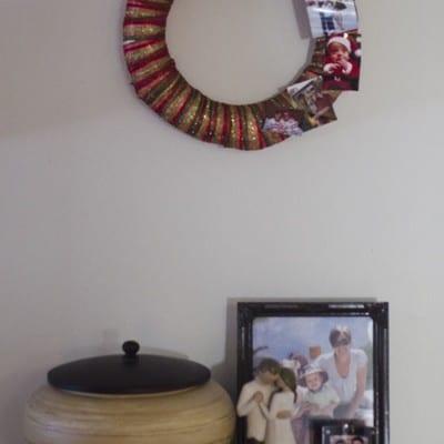Day 10: Photo Display Wreath #25DaysofHolidayIdeas