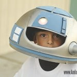 Homemade R2D2 costume for kids #DIY #StarWars