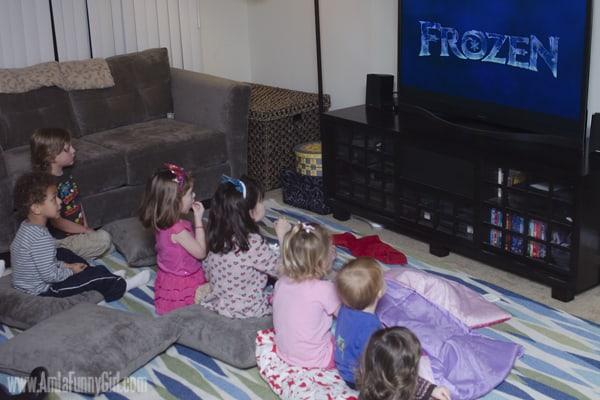 #DisneySide Frozen opening scene