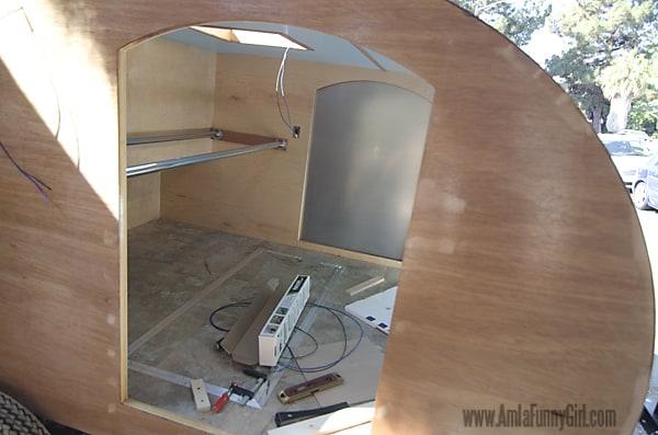 06 teardrop trailer aluminum skin through door
