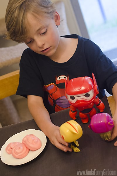 Max with toys 2 - #BigHero6Release