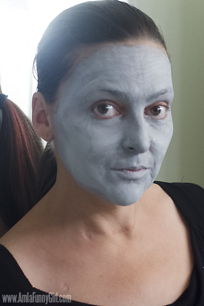 Fulle grey face #HallowCleanFaceOff AD