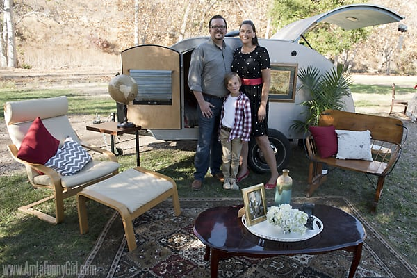 Family with trailer #FallGlamping AD