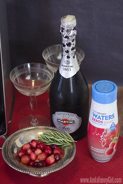 Ingredients #WaterMadeExciting AD