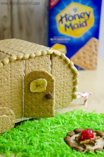 Finished close up with box #HoneyMaidHouse AD
