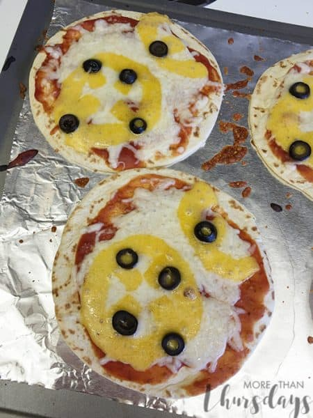 baked bb8 pizzas