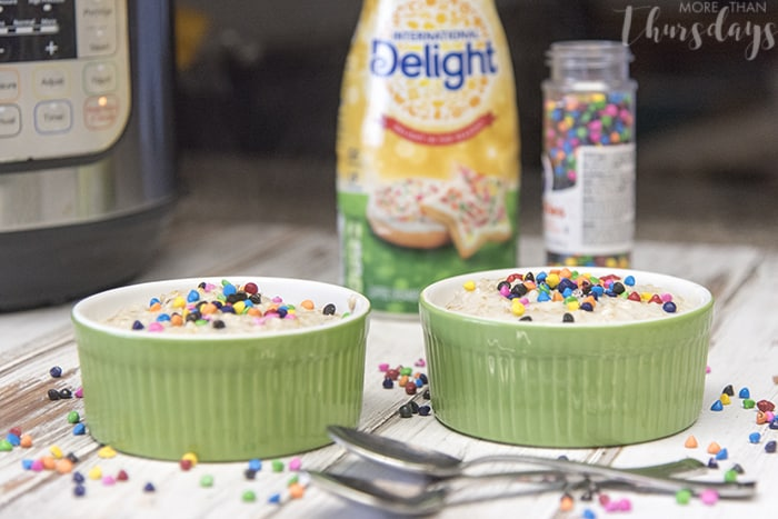 2-bowls-with-ingredients-delightfulmoments