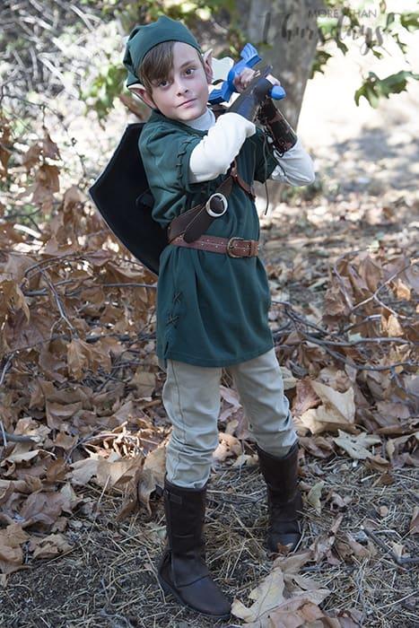 easy diy link costume from zelda