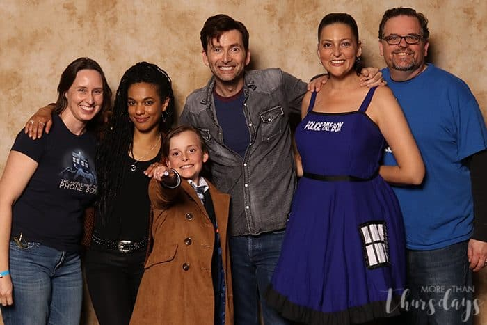 Kids' Doctor Who cosplay picture with David Tennant